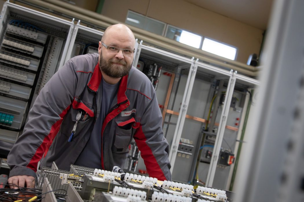 """Control Cabinet Assembler Petri Somppi: """"I Want to Do My Job, So That at Any Time I Can Say That I Did This"""""""