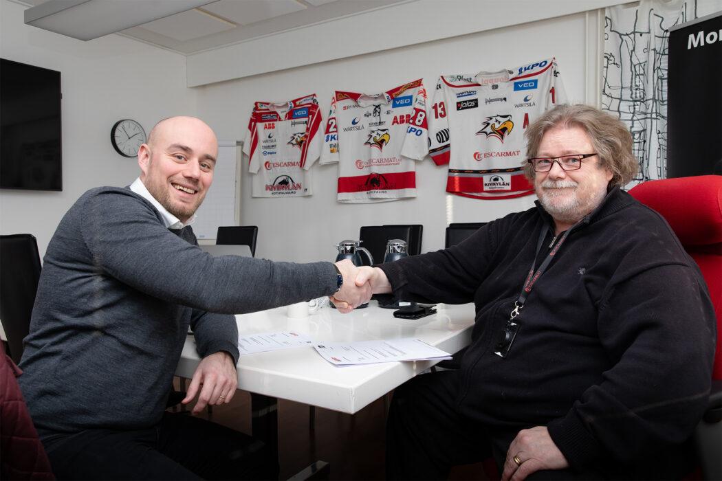 Escarmat ja Vaasan Sport jatkavat yhteistyötä! Kaksi kautinen sopimus solmittu