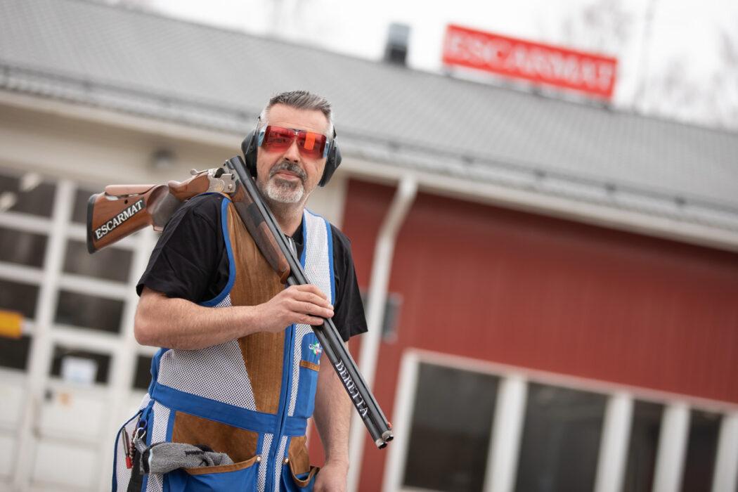 Trap-shooter Ari Risku's two-week job at Escarmat has lasted for more than 20 years